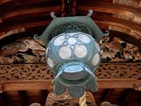 190余年前に奉納された釣鐘灯籠