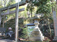 Next to Hakusan Shrine
