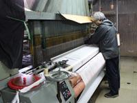 新鮮な生地を作り続ける工場