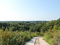 景色を眺めながらハイキング