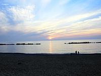 海岸から見える夕日