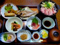 ビジネスパックの日替わり食事(一例)